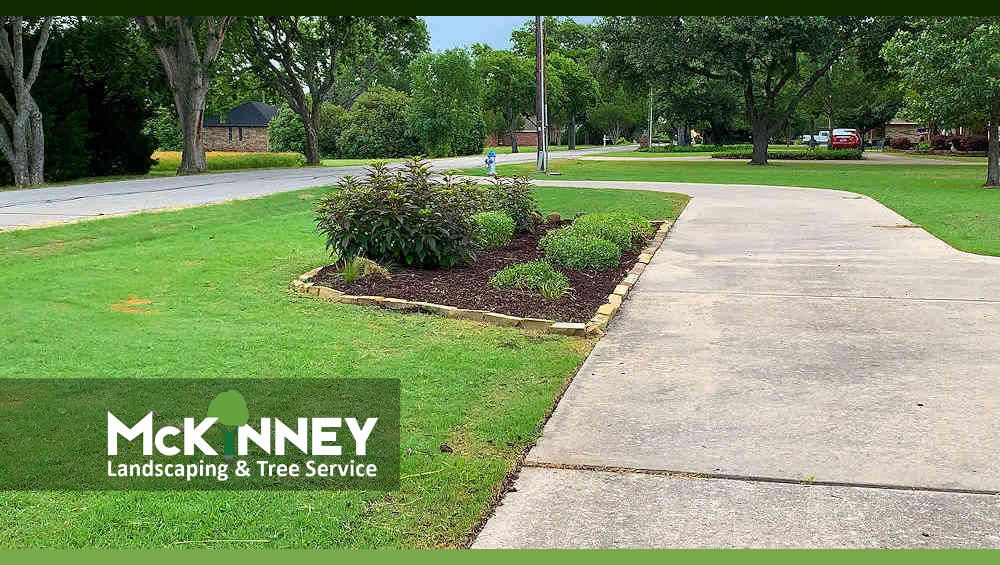 Gallery - Mowing: Flower Bed Mulch